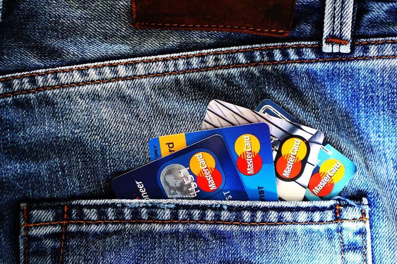 Tervezz grafikát bankkártyára!