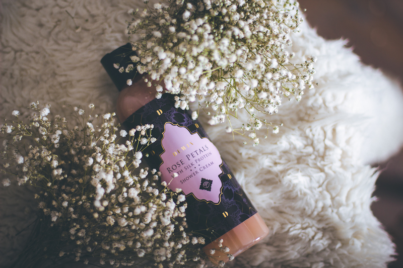 Rose_Petals_Shower_Cream_socialandbusiness3