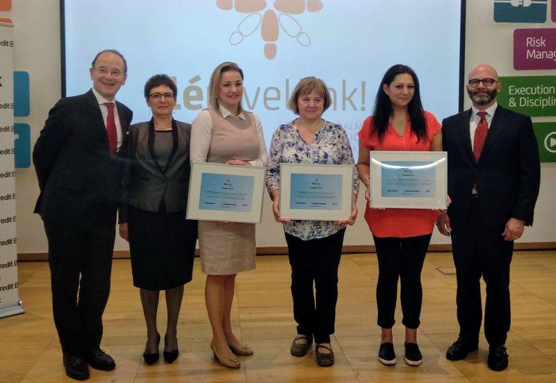 Három civil szervezet nagy segítséget kapott az Unicredittől