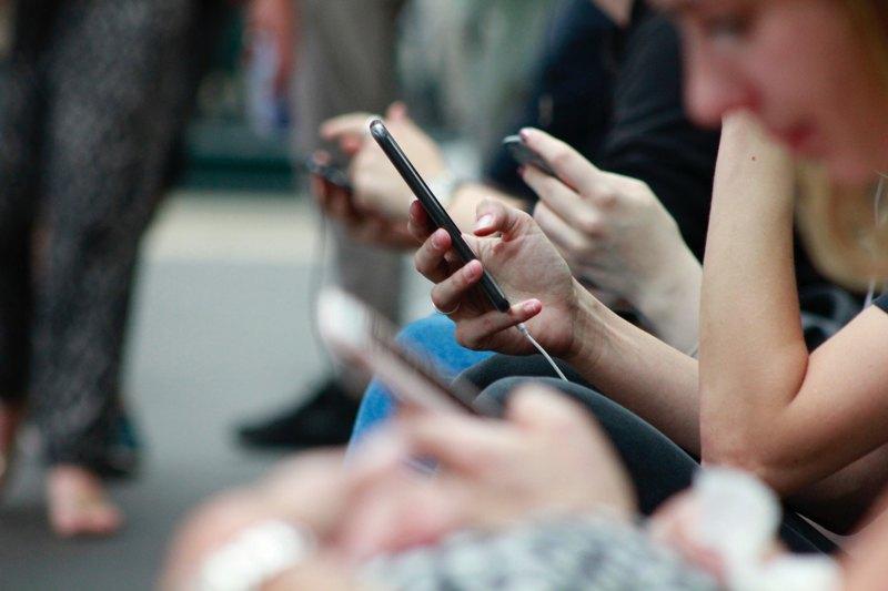 Online marketing, generációváltás, nonprofit marketingérték-növelés