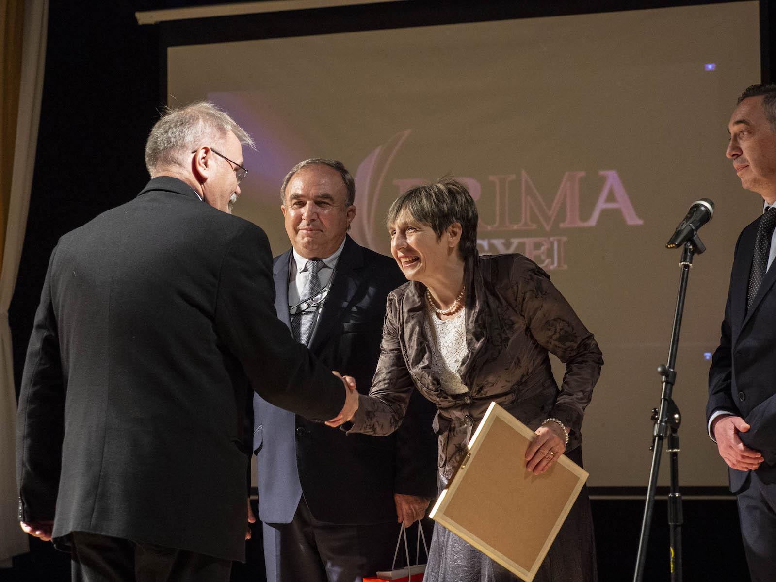 Díjazták a Duna-Dráva Cement társadalmi felelősségvállalási törekvéseit