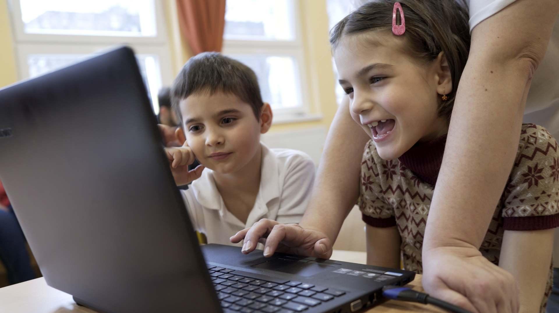 Föld Napja: digitális tananyagot készített az E.ON